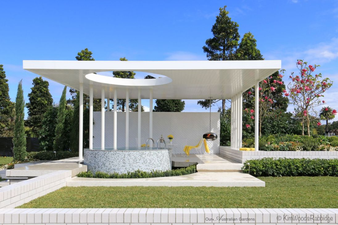 The Pavilion designed by Peta Donaldson won silver at the Australian Garden Show 2014