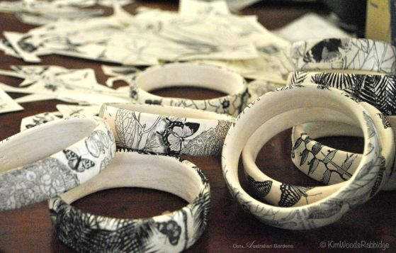 Ceramic bracelets with delicate patterns.