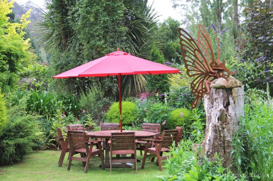An outdoor setting for garden picnics.