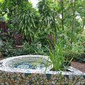 Garden nook with mosaic pond©Kim WoodsRabbidge