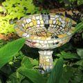 Mosaic birdbath ©Kim WoodsRabbidge