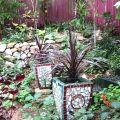 Mosaic pots ©Kim WoodsRabbidge
